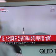 Trotz Verbot! Kim Jong-un schießt erneut Rakete ab (Foto)