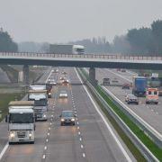 22-Jähriger stirbt bei Selfie auf Autobahn (Foto)