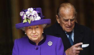 Wie geht es Queen Elizabeth und ihrem Mann Prinz Philip? (Foto)