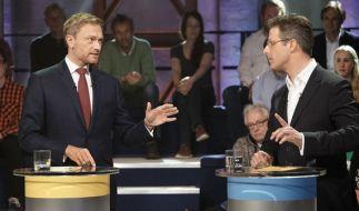 Beim TV-Duell im WDR hatte der AfD-Politiker Marcus Pretzell (rechts) einen schweren Stand. (Foto)