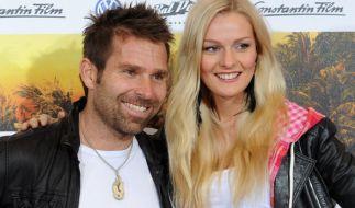 Miriam Höller (r.) und ihr verstorbener Freund Hannes Arch bei einer Filmpremiere im Jahr 2012. (Foto)