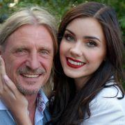 Von wegen Model-Karriere! DIE GNTM-Kandidatin schwebt jetzt mit IHM im Liebesglück (Foto)