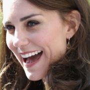 Prinz Charles verursacht Ehekrise? Die Queen hilft Herzogin Kate (Foto)