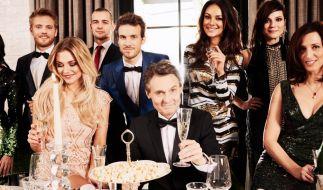 """Die """"Gute Zeiten, schlechte Zeiten""""-Stars feiern den 25. Geburtstag der Kult-Soap. (Foto)"""