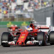 Hamilton sichert sich Pole-Position - Sebastian Vettel auf Zwei (Foto)