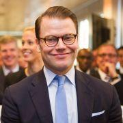 Prinz Daniel st der Ehemann von Kronprinzessin Victoria von Schweden.