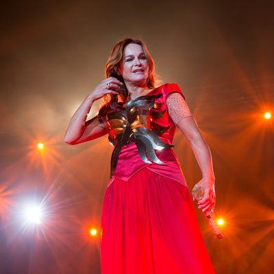 Leder-Alarm! Mit DIESEN Outfits heizt sie ihren Fans ein (Foto)