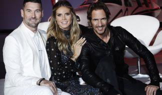 Heidi Klum (M.) mit ihren Co-Juroren Michael Michalsky (l.) und Thomas Hayo (r.). (Foto)