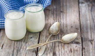 """Das Deutsche Milchkontor warnt aktuell vor Joghurt der Marke """"Gut & Günstig"""" (Symbolbild). (Foto)"""