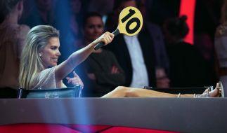 Sylvie Meis moderiert wie immer zuverlässig das Geschehen auf dem Tanzparkett. (Foto)