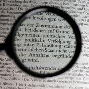 Abschiebehaft und Fußfessel! Mutiert Deutschland zum Abschiebeland? (Foto)