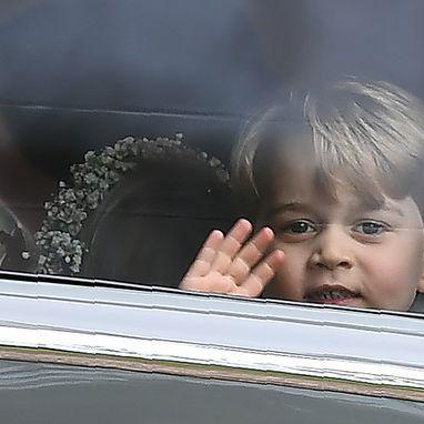 Junger Trampel-Royal ruiniert Tante Pippas Hochzeitskleid (Foto)