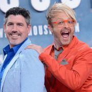 Entertainer und Sänger Ross Antony (r) und sein Partner Paul Reeves sollen an der RTL-Show teilnehmen.