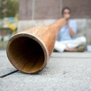 Schwulen-Porno zeigt Sex mit Didgeridoo - der Aufschrei bleibt nicht aus (Foto)