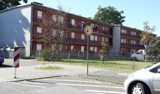 """Die sogenannten """"Benz-Baracken"""" im Mannheimer Stadtteil Waldhof sind seit Jahrzehnten ein sozialer Brennpunkt der Stadt. (Foto)"""