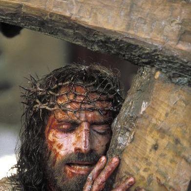 Wie Jesus nach Hause telefonierte und am Ende Judas am Kreuz hing (Foto)