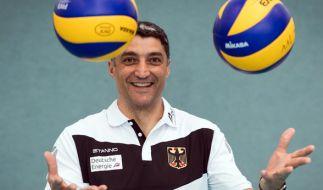Der Trainer der deutschen Volleyball-Nationalmannschaft, Andrea Giani, am 10. Mai während des Medientages im Bundesleistungszentrum im brandenburgischen Kienbaum. (Foto)