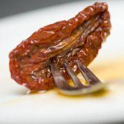 Antipasti-Test offenbart krebserregende Stoffe im Tomaten-Glas (Foto)