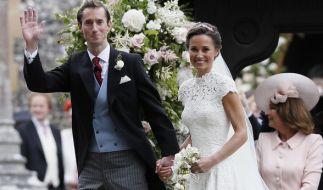 Müssen sich während ihrer Flitterwochen mit dreisten Dieben herumärgern: Pippa Middleton und ihr Mann James Matthews. (Foto)