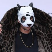 Endlich! Rapper zeigt sich ohne Panda-Maske (Foto)