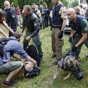 Festnahmen nach Randale - Schüler protestieren gegen Ausweisung (Foto)