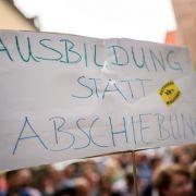 Randale bei Abschiebung - Zukunft des Schülers ungewiss (Foto)