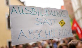 Der Berufsschüler aus Nürnberg, der nach Afghanistan abgeschoben werden soll, hat jahrelang die Behörden über seine Identität getäuscht. (Foto)