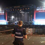 Drei Personen festgenommen- Festival wird fortgesetzt (Foto)