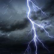 Amtliche Unwetterwarnung und verhagelte Pfingsttage (Foto)