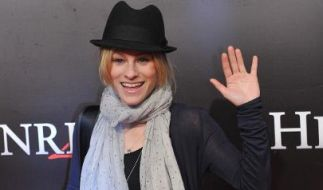 """Dorkas Kiefer bei der Premiere des Kinofilms """"Henri 4"""" 2010 in die Lichtburg in Essen. (Foto)"""