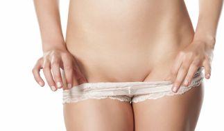 Kein Witz! Mediziner raten dazu, Scheideninfektionen mit einem Föhn vorzubeugen. (Foto)