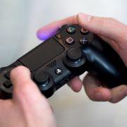 Mit einer neuen Rabatt-Aktion buhlt Sony um neue Kunden für die PlayStation 4. (Foto)