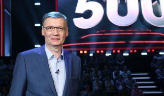 """Günther Jauch leitet die zweite Staffel """"500 - Die Quiz-Arena"""" ein. (Foto)"""
