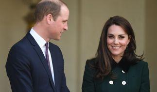 Bei den Proben zur Militärparade zu Ehren der Queen war William und Kate vermutlich gar nicht zum Lachen zumute. (Foto)