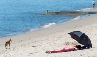 """Hoch """"Barbara"""" sorgt auch weiterhin für Badewetter. (Foto)"""