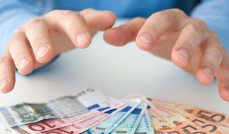 Wenn Urlaubsgeld nicht im Arbeits- und Tarifvertrag geregelt ist, hat der Arbeitnehmer keinen Anspruch darauf. (Foto)