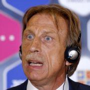 Wutrede! Fliegt er als Trainer jetzt raus? (Foto)