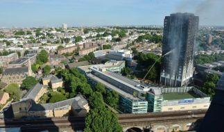 In London brannte ein Hochhaus nahezu komplett aus. (Foto)