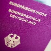 Wann ist ein beschädigter Reisepass nicht mehr gültig? (Foto)