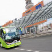 Busfahrer lässt Gäste mitten im Stau aussteigen - und macht Feierabend (Foto)