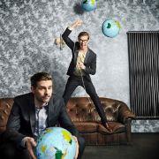 Irre Duelle um die Welt! Das Chaos-Duo in Höchstform (Foto)