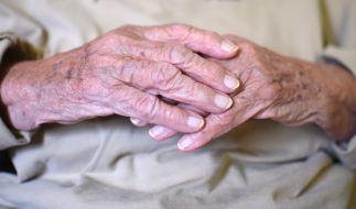 Der Rentner erhielt die Kündigung vom Pflegedienst. (Foto)
