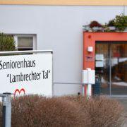 Rentner in Pflegeheim getötet - 3 Ex-Mitarbeiter vor Gericht (Foto)