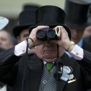 Schräge Hüte und Typen: Das Programm des königlichen Pferderennens (Foto)