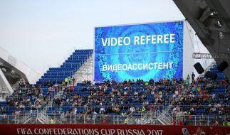 Der Videobeweis bei Fußballspielen sorgte beim Confed Cup 2017 erstmals für Verwirrung. (Foto)