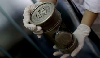 Die Polizei hat bei einer Razzia am 08. Juni in der Nähe von Buenos Aires den größten Fund an Nazi-Gegenständen in der Geschichte des Landes gemacht. (Foto)