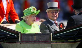 Prinz Philip, der Ehemann von Queen Elizabeth II., wurde ins Krankenhaus eingeliefert. (Foto)