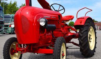 Bei einem Traktorunfall sind fünf Jugendliche verletzt worden (Symbolbild). (Foto)
