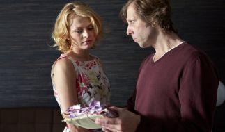 Tina Espenkotte (Isabell Gerschke) dachte immer, dass Ekki Talkötter (Oliver Korittke) sie heiraten wollte. (Foto)