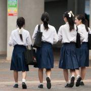 DAS passiert, wenn Schüler gegen die Schuluniform protestieren (Foto)